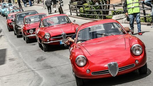 Klasyczne Alfy Romeo na trasie Targa Florio