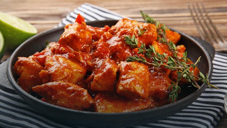 Kurczak Tikka Masala Smak Indyjskich Przypraw Na Talerzu