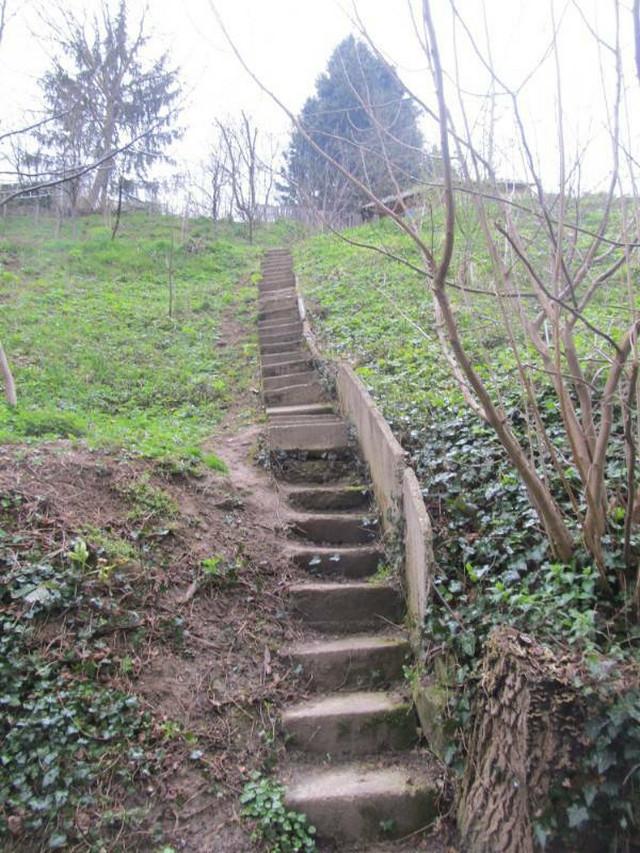 Ove stepenice vode do kuće