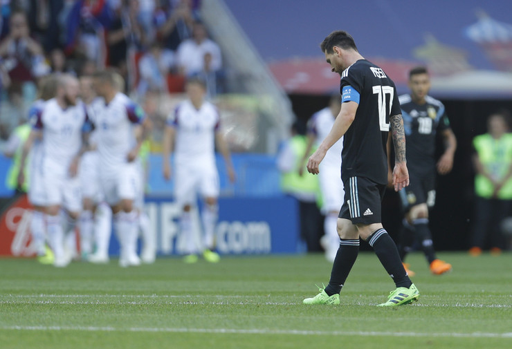 Fudbalska reprezentacija Argentine, Fudbalska reprezentacija Islanda