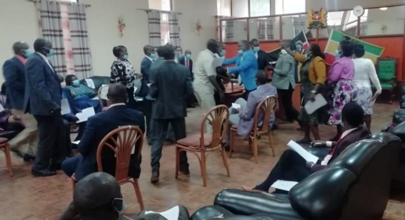 Chaos in Baringo as MCAs fight over debating BBI Bill (Video)