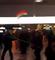 """Neko je viknuo """"ERDOGAN FAŠISTA"""", a onda je izbila OPŠTA MAKLJAŽA Turaka i Kurda usred NEMAČKOG aerodroma (VIDEO)"""