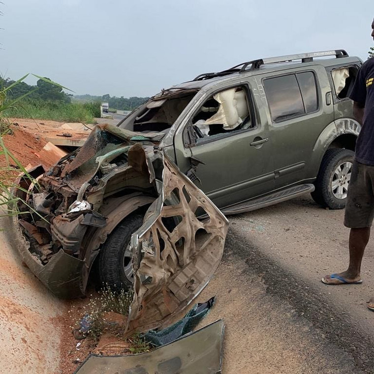 Yul Edochie, escaped death when his car crashed on Tuesday, May 4, 2019. [Instagram/YulEdochie]
