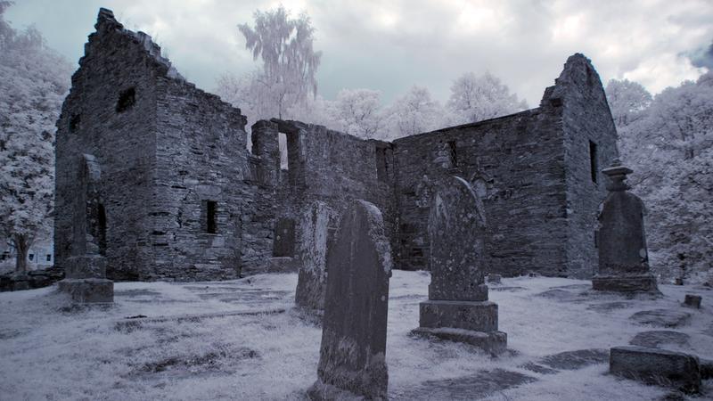 Cmentarne opowieści