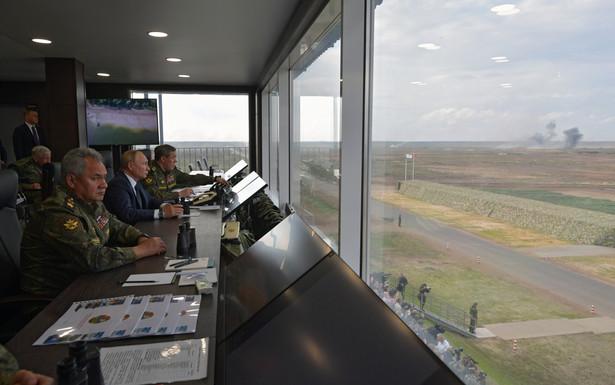 Władimir Putin na poligonie. Oglądał manewry Zapad-21