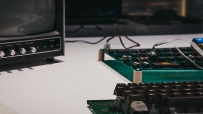 Historia Apple-1. Komputer dziś wart miliony powstał w garażu