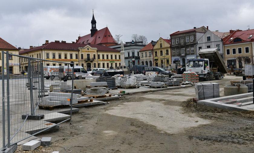 Szokujące odkrycie na rynku w Bochni: Tu palili czarownice!