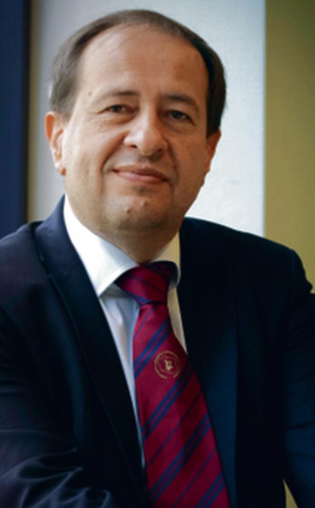 Prof. Adam Windak