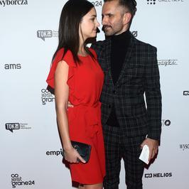 Marcin Bosak i Maria Dębska razem na ściance. Nie szczędzili sobie czułych spojrzeń