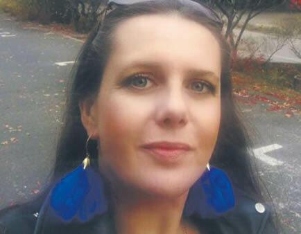 Agata Jaździk-Osmólska - doktor nauk ekonomicznych, inżynier. Zajmuje się badaniem społecznych i ekonomicznych kosztów wypadków drogowych. Pracuje na Uniwersytecie Przyrodniczo-Humanistycznym w Siedlcach