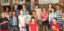 Prezydent kupił wyprawki dla dzieci z Siemachy