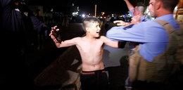 Dlaczego 12-letni zamachowiec płakał? Ekspert wyjaśnia