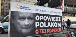 """Nie odpuszczają Kaczyńskiemu. """"Opowiedz Polakom o kopercie"""""""