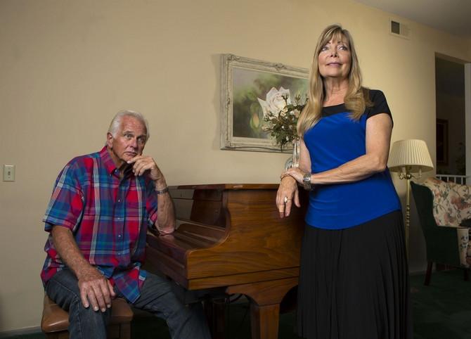 Ron Eli i njegova supruga