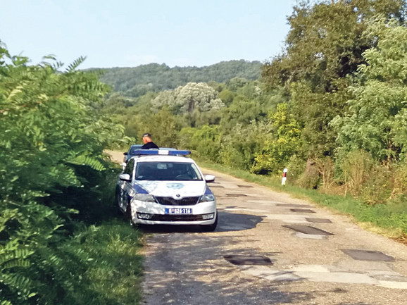 Ceo Jabukovac pod opsadom zbog četvorostrukog ubistva