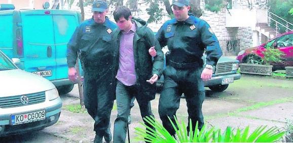 Hapšenje Dalibora Đjurića (foto Vijesti)