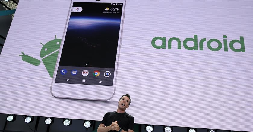 Google zaprezentuje w październiku nowe modele smartfonów Pixel. Czy będą im towarzyszyć laptop i mniejszy inteligentny głośnik?