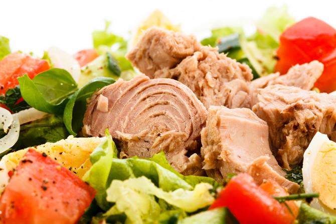 Uz tunjevinu se povrće najbolje slaže