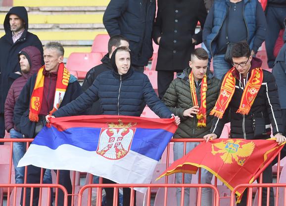 Ljutnja građana Srbije odnosi se na crnogorske vlasti, a znatan procenat misli da se u Crnoj Gori ukrštaju interesi velikih sila SAD i Rusije