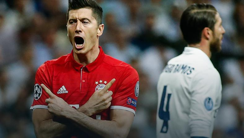 Robert Lewandowski (L)