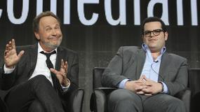 """""""The Comedians"""": Billy Crystal w nowym wcieleniu. Jest nie do poznania"""