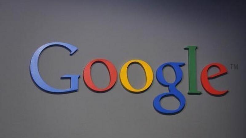 Google zdobywa pomoc w walce z fake newsami