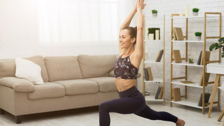Trening jogi w domu