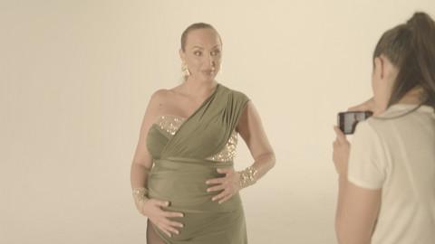 Goga Sekulić trudna snimila spot, pa priznala kako muž reaguje na njene grudi