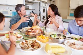 Do 27 grudnia spotkania rodzinne do 5 osób. Nie wliczając domowników