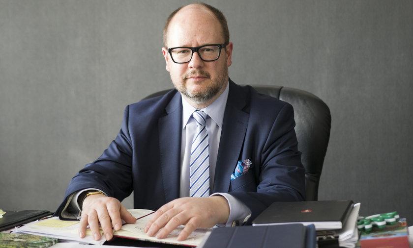 Śledztwo ws. oświadczeń majątkowych śp. Pawła Adamowicza. Są nowe zarzuty