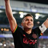 Tadić DOMINIRAO U DERBIJU HOLANDIJE! Ajaks na krilima maestralnog kapitena Srbije DEMOLIRAO PSV i učvrstio lidersku poziciju