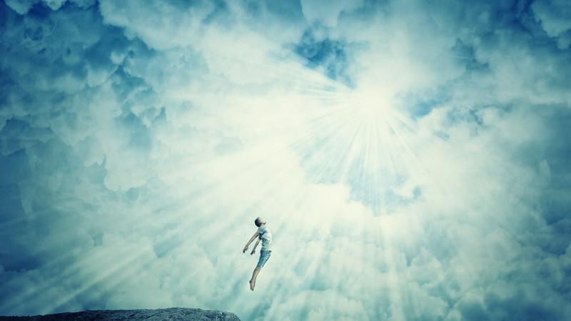 Dusza nie istnieje, bo nie znaleźli jej fizycy – twierdzi brytyjski profesor