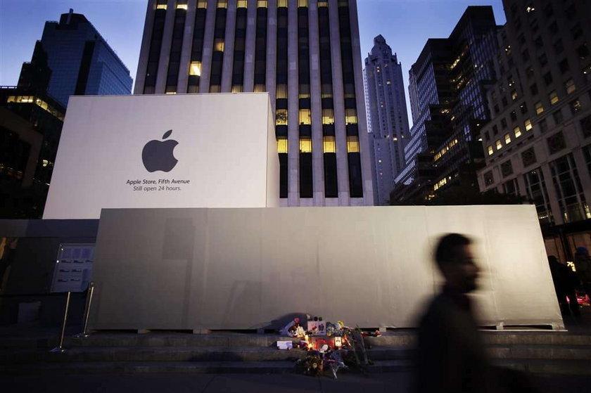 Nowe logo Apple! Piękny prezent dla Jobsa