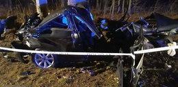 Tajemnicza śmierć 46-latka. Z jego auta została miazga