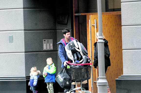 Novak Đoković sa decom