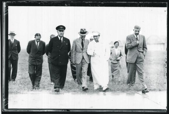 Gering 1934. godine, s njegove leve strane Viktor fon Heren