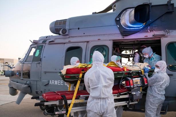 Kolejne 28 zmarło w Irlandii z powodu koronawirusa, zwiększając łączną liczbę zgonów do 263; zanotowano też największy od początku epidemii dobowy wzrost nowych zakażeń - poinformowało w czwartek wieczorem ministerstwo zdrowia tego kraju.