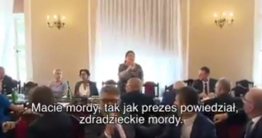"""Parodia """"Wiadomości"""" TVP . Pokazali hejt w wykonaniu PiS"""