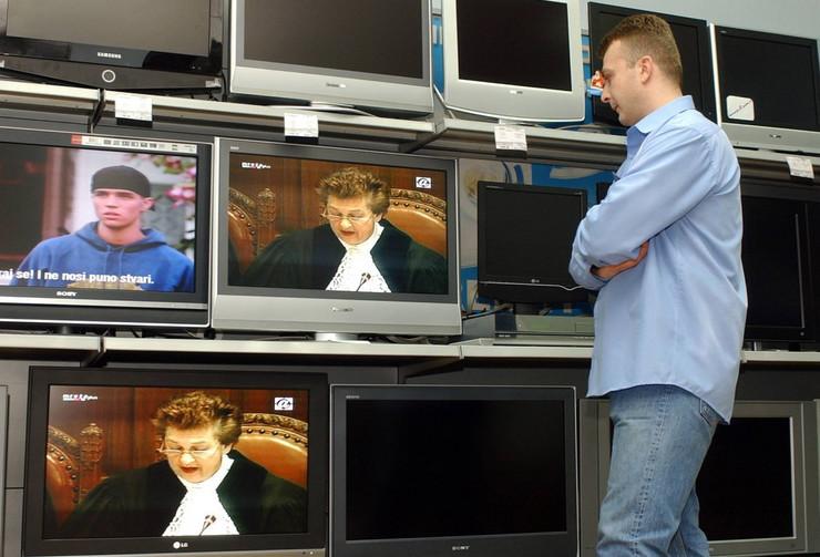 20745_televizija-ap-radivoje-pavicic