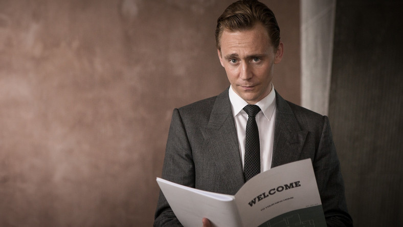 "Tom Hiddleston w filmie ""High-Rise"""