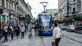 Koszmar pasażerów. ZIKiT obciął kursy autobusów i tramwajów