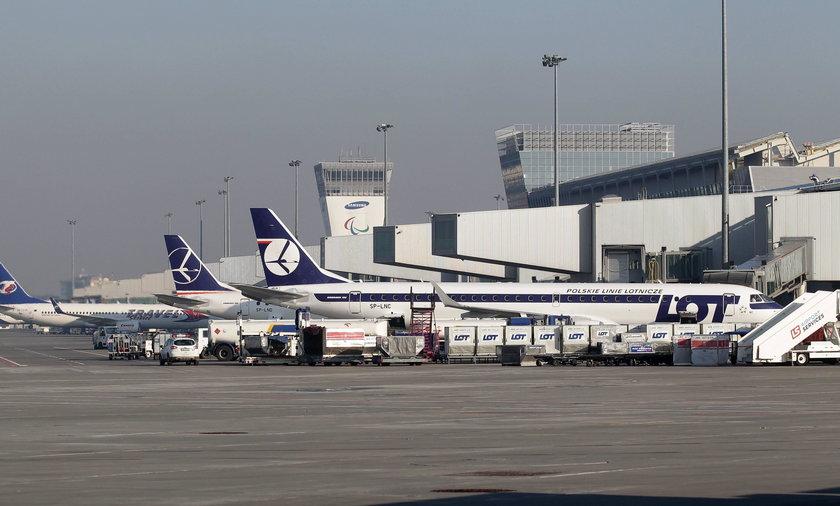 Lotnisko samoloty.