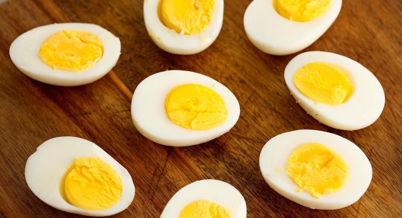 ___9168756___2018___12___5___9___1519321899-hard-boiled-eggs-horizontal