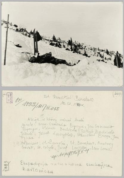 Ciało Mieczysława Karłowicza wydobyte z lawiny pod Małym Kościelcem - 10 lutego 1910 - Stanisław Barabasz