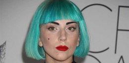 Gaga uczy się języka migowego!