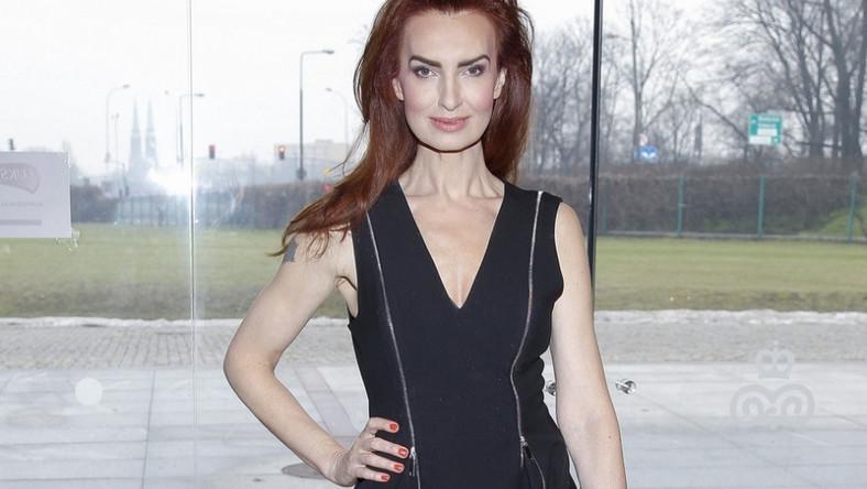 """Modelka wraca """"na salony"""" po dłuższej przerwie: w minioną środę pojawiła się na konferencji marki Luksja."""