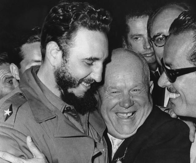 Nikita Hruščov i Fidel Kastro