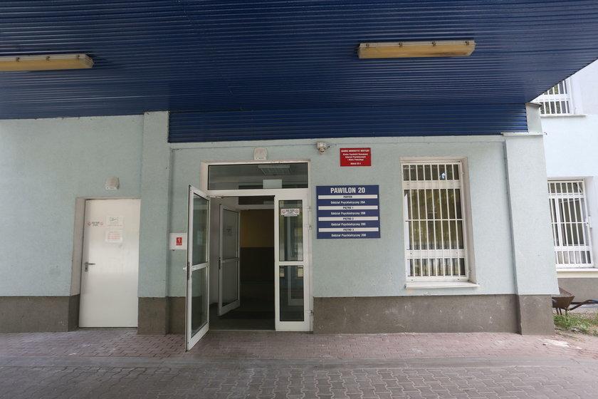 W szpitalu psychiatrycznym w Gdańsku nie dzieje się dobrze. W czwartek ze stanowiska zrezygnował wieloletni dyrektor placówki Leszek Trojanowski