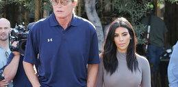 Ojciec Kardashianek zmienia płeć! Chce mieć pupę jak Kim!