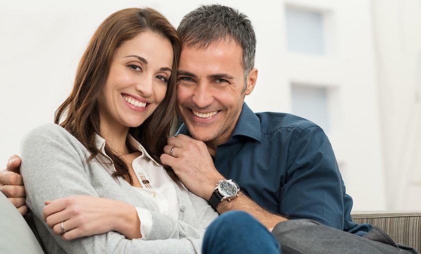 Najszczęśliwszy czas w małżeństwie zaczyna się po 20 latach